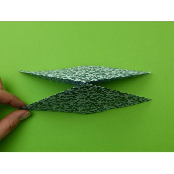 schmetterling falten origami schmetterling. Black Bedroom Furniture Sets. Home Design Ideas